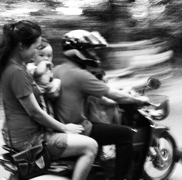 family on moto