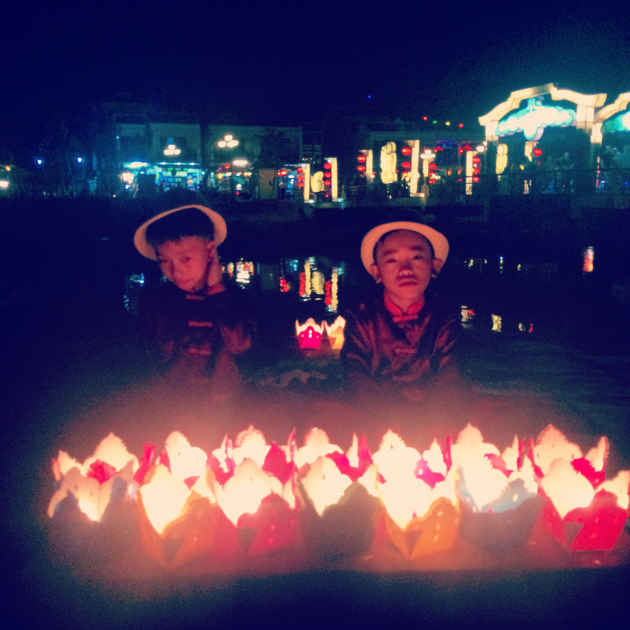 viet boyz and lanterns